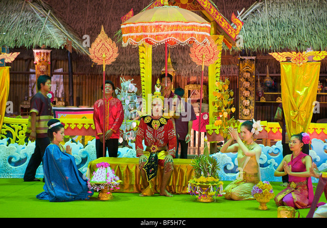 Dance show in Phuket Town, portrayal of a traditional wedding, Phuket Island, Thailand, Asia - Stock-Bilder