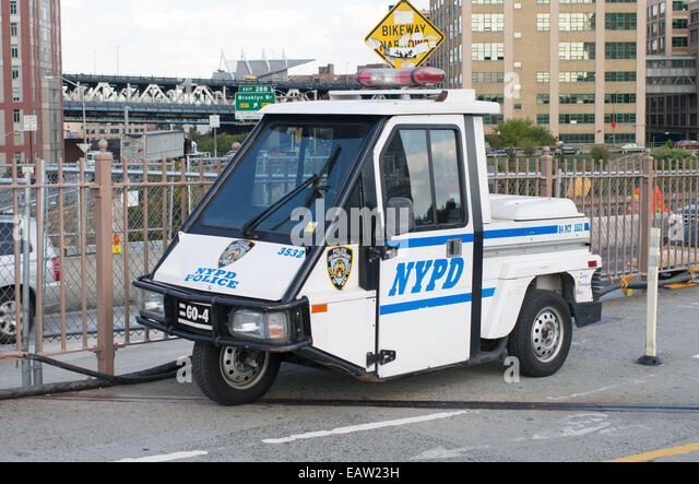 3 wheeled stock photos 3 wheeled stock images alamy for Motor vehicle in brooklyn