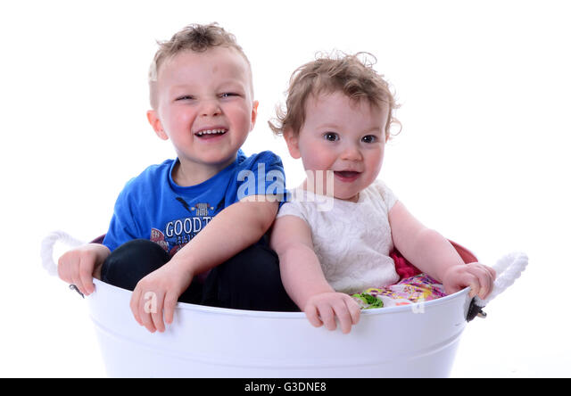 children bath mother stock photos children bath mother stock images alamy. Black Bedroom Furniture Sets. Home Design Ideas