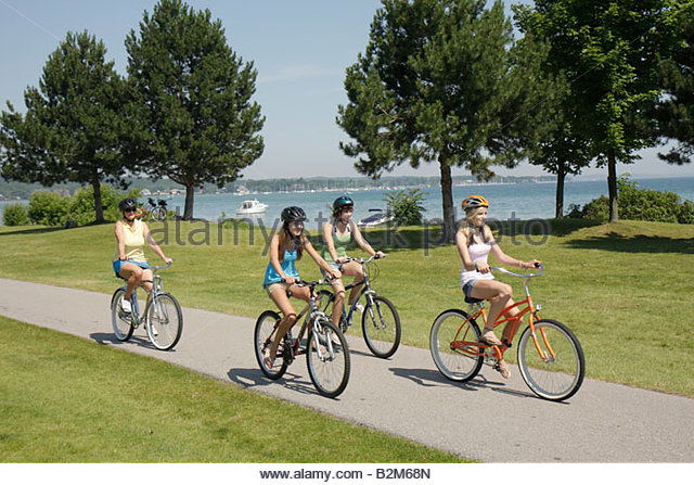 grand bay single muslim girls Bay city grand rapids the environment has totally changed for any muslim to be in this matt vande bunte covers government for mlive/grand rapids.