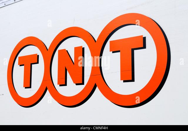 TNT Global Express Courier Logo, Cambridge, England, UK - Stock Image