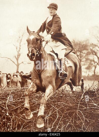 Prince Edward (later King Edward VIII) of Great Britain show jumping 1932 - Stock Image