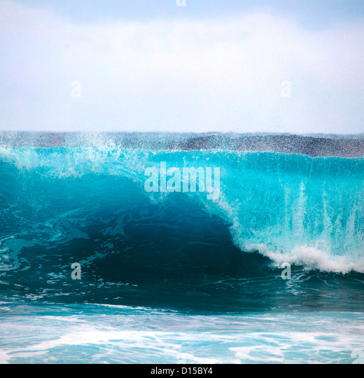 Hawaii, Oahu, Beautiful Wave Breaking. - Stock Image