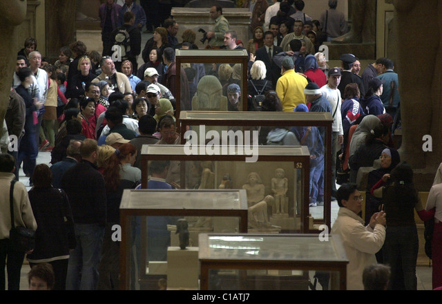 Cairo - Egypt --Tourists in the world famous Egyptian Museum, home to the world's largest collection of Egyptian - Stock-Bilder