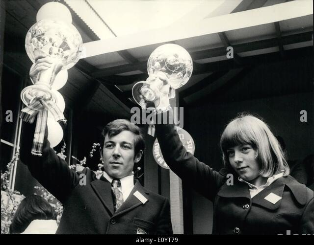 May 05, 1971 - Ski World-Cup for Thoeni et Proell: The winners of the this year's alpine skiing-season World - Stock Image