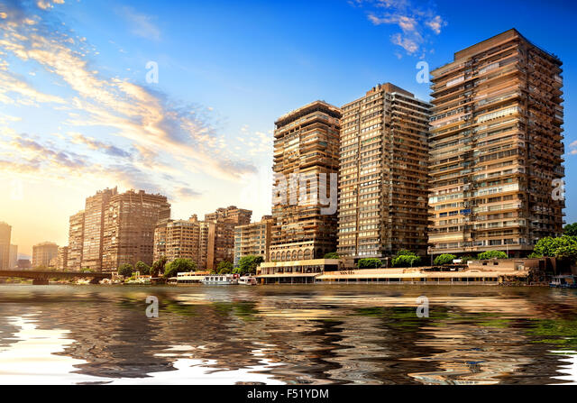 Buildings of Cairo on the bank of Nile - Stock-Bilder