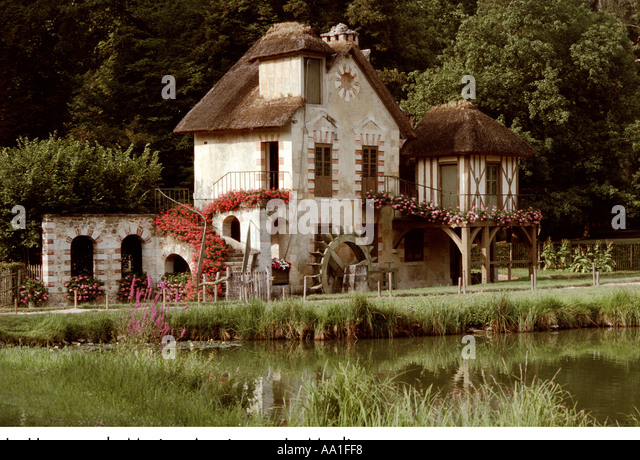 hameau de marie antoinette stock photos hameau de marie antoinette stock images alamy. Black Bedroom Furniture Sets. Home Design Ideas