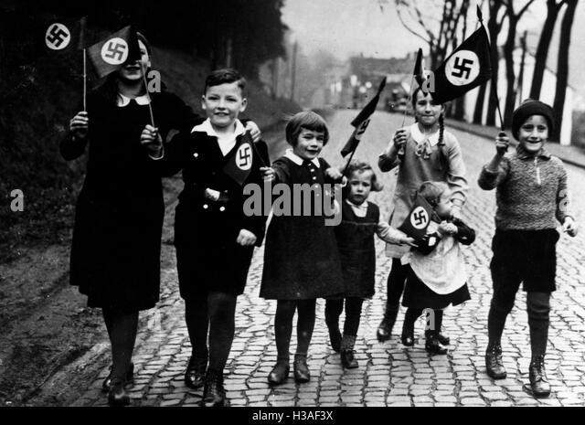 nazi propaganda 1933 1939 Nazi germany and the jews 1933-1939 the beginning of the persecution of the beginning of the persecution of german jewry in nazi propaganda from 1933.
