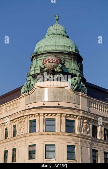 Vienna Albertiner square cupola of art nouveau building - Stock Image