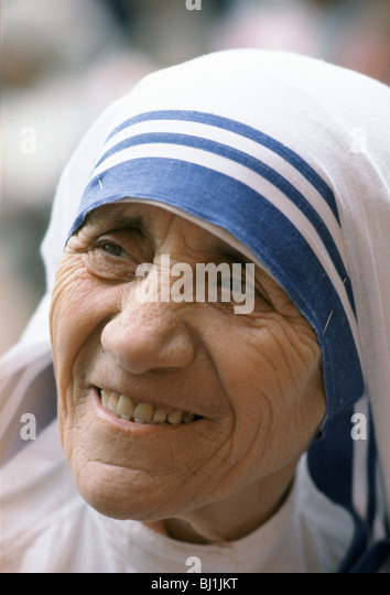 Mother Teresa of Calcutta at her mission to aid poor and starving people, Calcutta, India - Stock Image
