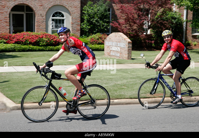Alabama Tuscaloosa USAT Collegiate National Championship triathlon cyclists University of Arizona - Stock Image