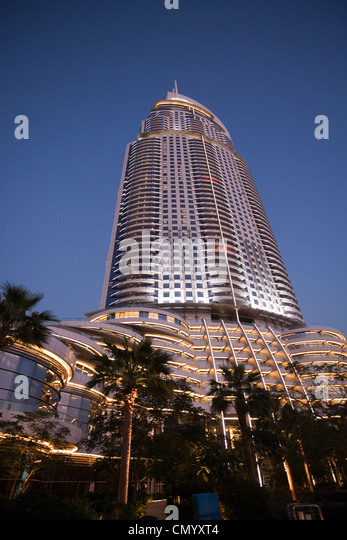 Five star hotel dubai stock photos five star hotel dubai for Dubai hotels near burj khalifa