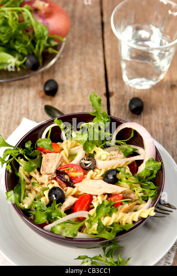 Pasta salad with tuna - Stock Image