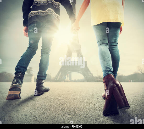 Couple in love in Paris - Stock Image