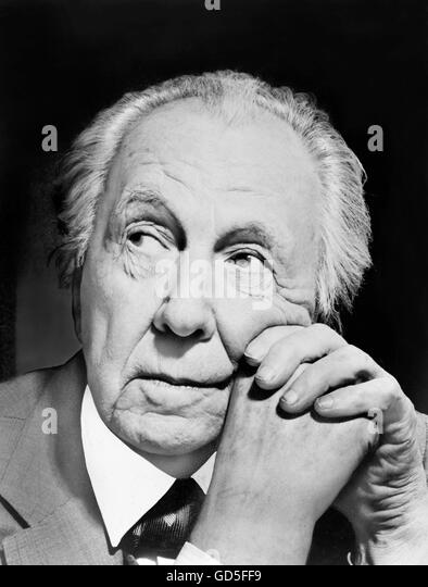 Frank Lloyd Wright. Portrait of the renowned American architect by Al Ravenna, 1954. - Stock Image