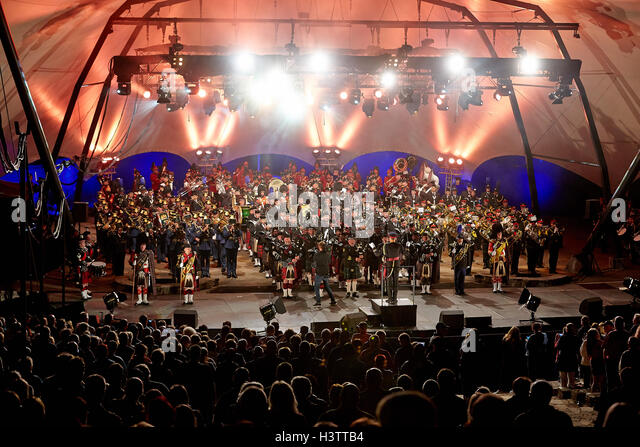 Crowd in front of the lighted stage, Loreley Tattoo 2016 Military Music Festival, St.Goarshausen, Rhineland-Palatinate, - Stock-Bilder