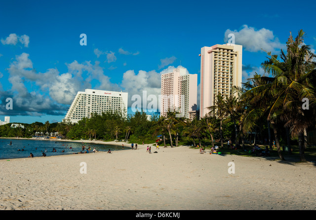 The bay of Tamuning with its hotel resorts in Guam, US Territory, Central Pacific, Pacific - Stock-Bilder