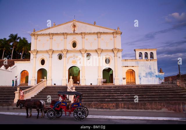 Convento Y Museo San Franciso, the oldest church in Central America, Granada, Nicaragua, Central America - Stock-Bilder
