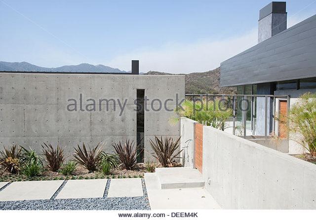Exterior of modern home - Stock-Bilder