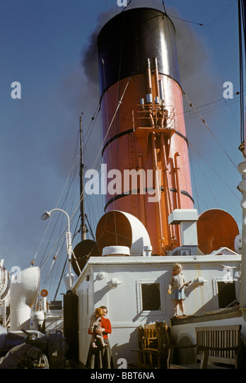 Ocean liner Ascania leaves England for America 1955 - Stock Image