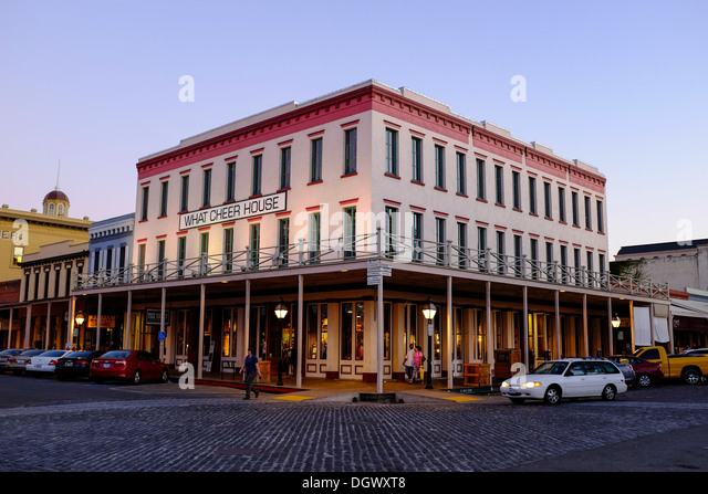 The What Cheer House and a tourist store front in Old Sacramento State Historic Park, California - Stock Image