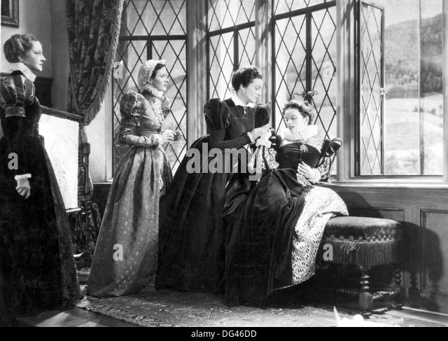 MARY OF SCOTLAND  1936 Radio Pictures film with Katherine Hepburn at right - Stock Image