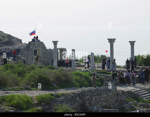 Antiquity lovers amid the ruins of the ancient town of Chersonesos 5th century B C 15th century A D national preserve - Stock Image