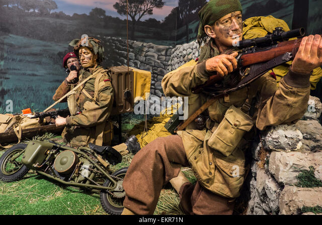 British WWII paratroopers and Welbike motorcycle, Royal Museum of the Army and of Military History in Brussels, - Stock Image