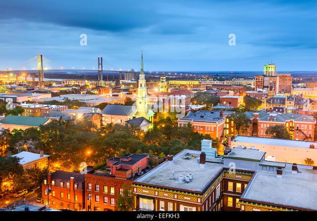 Savannah, Georgia, USA downtown skyline at night. - Stock-Bilder