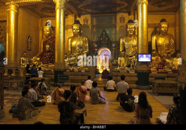 Myanmar Burma Yangon Rangoon Shwedagon Pagoda landmark historic religous buddhist monument - Stock-Bilder