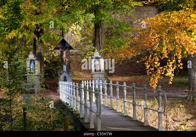 The Netherlands, Valkenburg, Roman catholic statues on estate and castle called Schaloen - Stock-Bilder