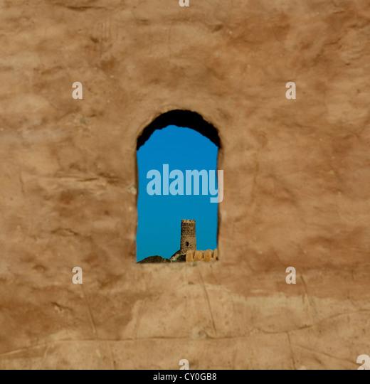View Of Castle From Small Loophole Omani Architecture, Birkat Al Mauz, Oman - Stock-Bilder
