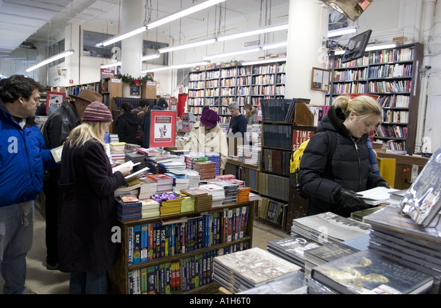 Strand Bookstore largest in world 18 miles of books Broadway New York NYC - Stock Image