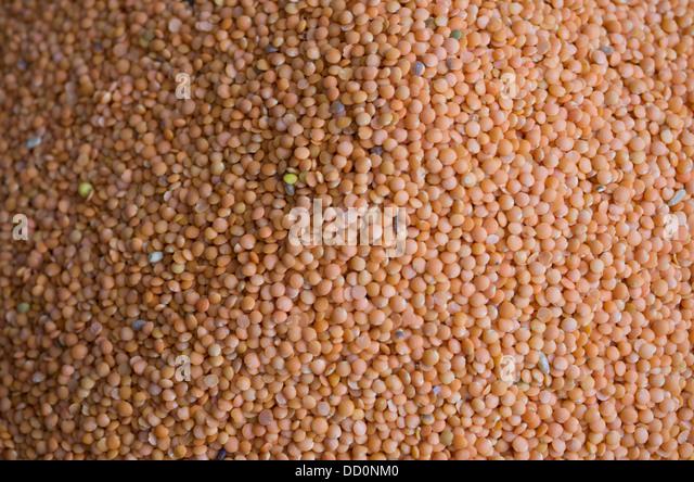 Orange lentils on sale at Sardar Market - Jodhpur, Rajashtan, India - Stock Image