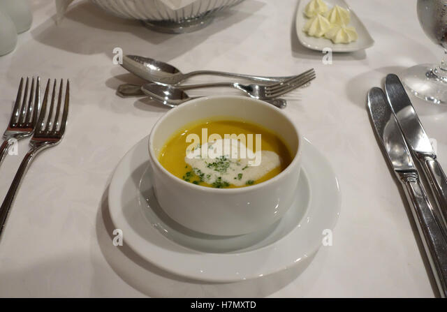 maple roasted butternt squash soup - Stock Image