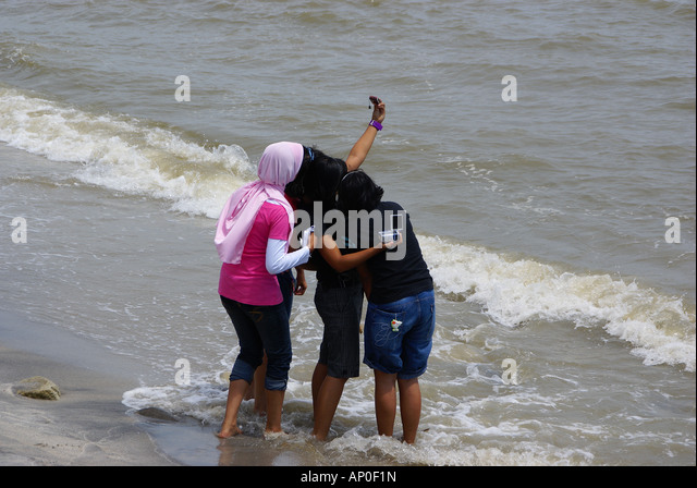 copalis beach single muslim girls Free to join & browse - 1000's of singles in copalis beach, washington - interracial dating, relationships & marriage online.