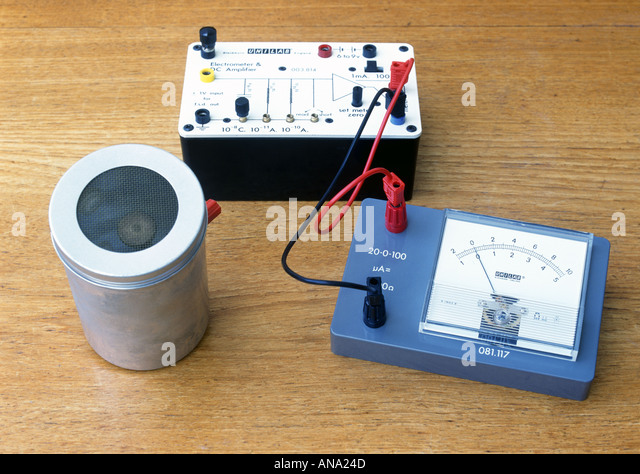 d c amplifier and ionisation chamber - Stock Image