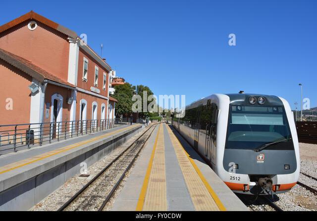 alicante to valencia train