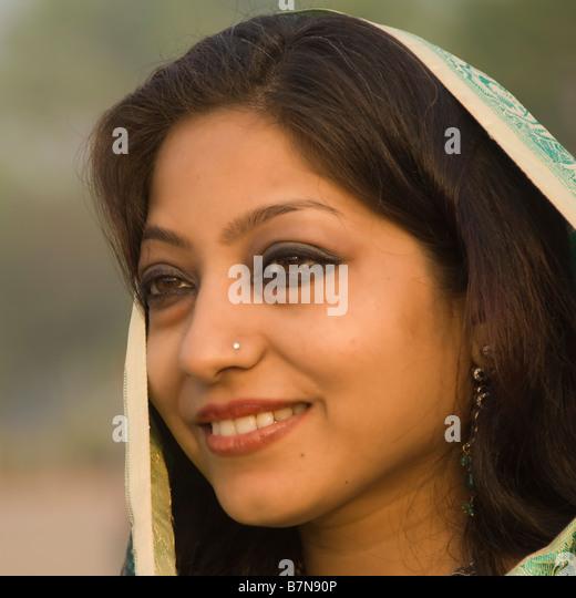 Indian woman portrait Delhi India Portrait d une indienne Delhi Inde Portrait einer Inderin Delhi Indien - Stock-Bilder