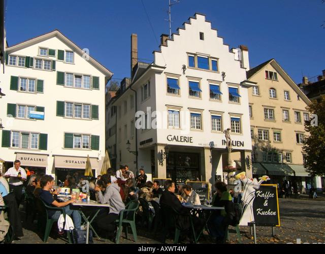 Switzerland Zurich street cafe people Schweiz Zuerich Strassencafe Menschen - Stock Image