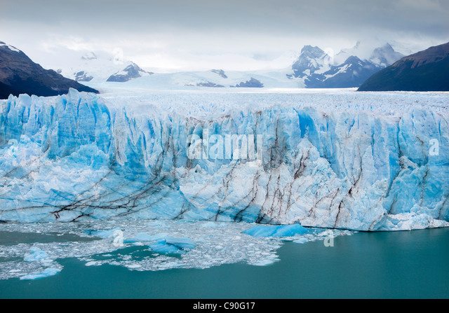 Perito Moreno glacier, Lago Argentino, Los Glaciares National Park, near El Calafate, Patagonia, Argentina - Stock Image