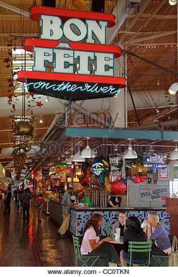 New Orleans Louisiana Port of New Orleans Riverwalk Marketplace Bon Fete on the River entertainment riverfront mall - Stock Image