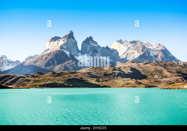 Pehoe mountain lake and Los Cuernos (The Horns), National Park Torres del Paine, Chile. - Stock Image