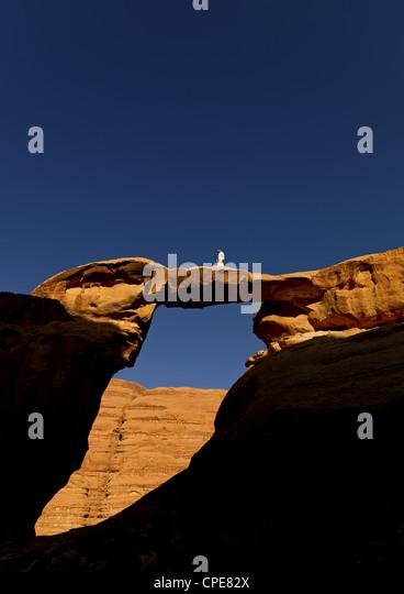 Rock Arch, Wadi Rum, Jordan - Stock Image
