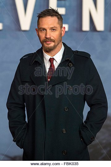epa05102315 British actor/cast member Tom Hardy arrives for the premiere of 'The Revenant' in Leicester - Stock Image