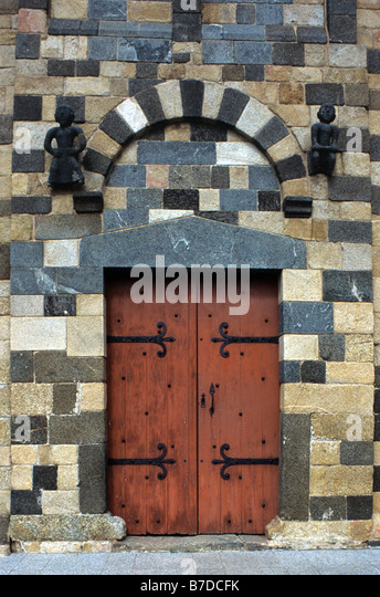 Entrance to Polychrome Pisan Church, Eglise de la Trinité et San Giovanni (c12th), Aregno, Balagne Region, - Stock Image