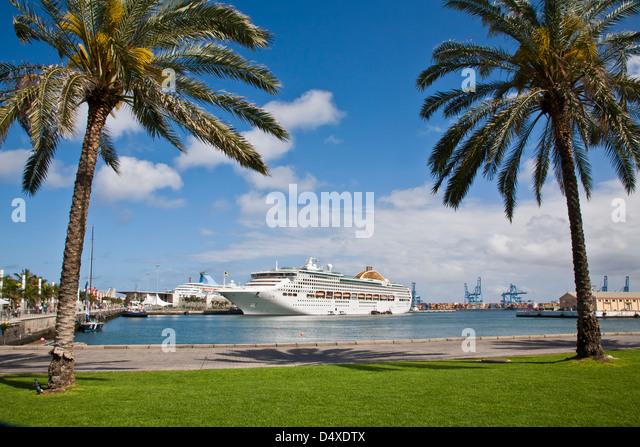 Canaries cruise ship stock photos canaries cruise ship - Capital de las palmas ...