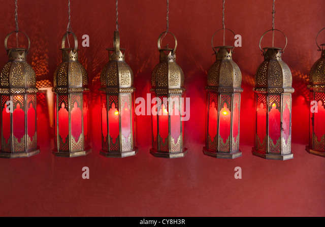 Traditional lamps in the old medina, Marrakech, Morocco - Stock-Bilder