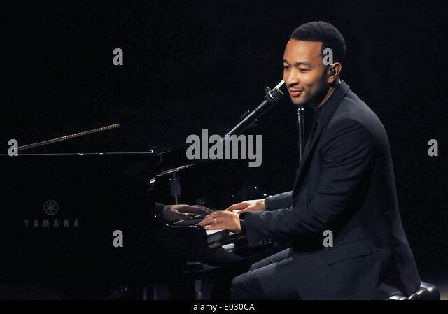 Melbourne, Florida, USA. 28th April 2014. Singer-songwriter John Legend, a nine time Grammy Award winner, performs - Stock Image