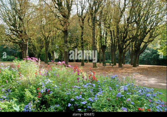 Deschamps stock photos deschamps stock images alamy - Le jardin champetre magog lille ...